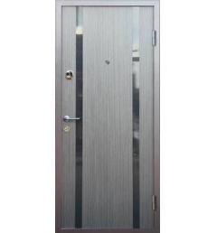 Входная металлическая дверь с молдингом МД-4